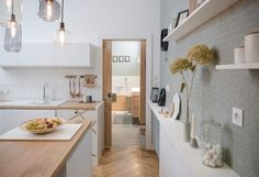 Small Space Design Remodel Anyone Would Be Thrilled To Live in Industrial Bathroom Design, Industrial Interiors, Industrial House, Bathroom Interior, Bathroom Ideas, Design Bathroom, Sweet Home, Small Space Design, Kitchen Layout