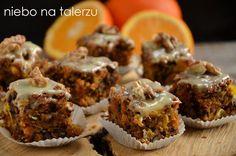 Bardzo wilgotne, pyszne ciasto marchewkowe, cudownie soczyste od pomarańczy. Na prawdziwym maśle, choć można je zamienić na zwykły olej lub