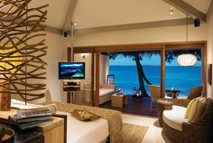 Home Design, Small Bedroom Decorating Furniture Ideas Colorful Bedroom Ideas 2014: Luxury Style Ideas Of Home Interior Design Hotel In Maldives