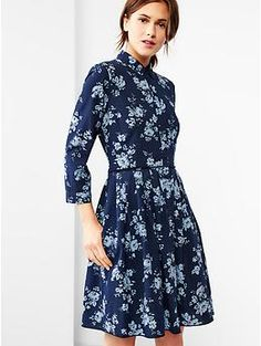 UGGHHH -WANT!! Love this so much and could possibly even wear it in the winter! Pleated Floral Chambray Dress in Big Navy Floral | Gap