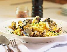 Fantastic fabulous Friday is here! With a brand new dinner &$3cocktail menu tnight lunch is our amazing Clams in Garlic sauce w angel hair & a beautiful Long Island Clam Chowder xoxo makin food lovin daily #GhinisFrenchCaffe #TucsonOriginalsRestaurants