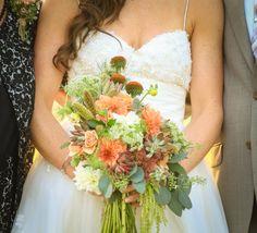 Bouquet on pinterest floral design coral color and bridesmaid bouquets - Le petit jardin madison ga toulouse ...