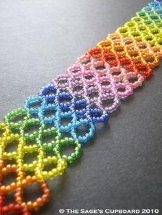 Love rainbows of all sorts!  @Mortira#Beading