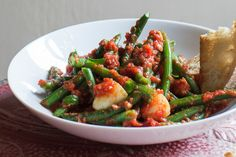 Green beans cooked with tomato and basil – Recipes – Bite