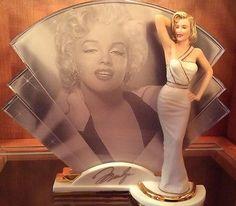 "Marilyn Monroe Statue""LEGENDARY""Reflections of Marilyn COA Bradford Exchange"