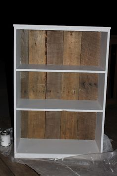 Pallet backed rustic book shelf. i have the shelf just need the pallet.