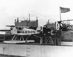 Martin MS-1 seaplane on SS-105 1923.jpg