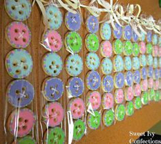 Sweet Ivy Confections...cute as a button cookies!