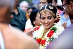 South Indian iyengar bride in traditional temple jewellery