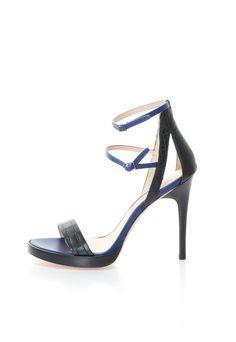 Genevieve Fekete & Indigókék Bőrszandál a Calvin Klein márkától és további hasonló termékek a Fashion Days oldalán Calvin Klein Shoes, Kitten Heels, Sandals, Hot, Fashion, Moda, Shoes Sandals, Fashion Styles, Fasion