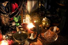 offerings for hecate