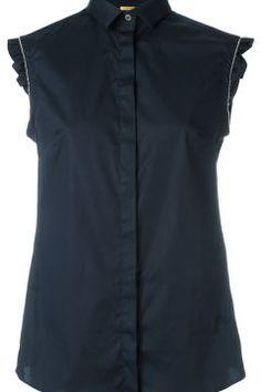 Fay sleeveless shirt https://modasto.com/fay/kadin-ust-giyim-gomlek-bluz/br30197ct4