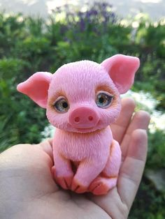 silicone mold Pretty Pig for soap candle gypsum Polymer Clay Sculptures, Polymer Clay Animals, Cute Polymer Clay, Cute Clay, Polymer Clay Miniatures, Fimo Clay, Polymer Clay Projects, Polymer Clay Creations, Sculpture Clay