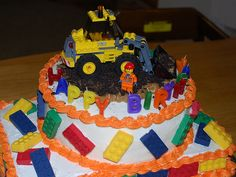 Lego Birthday cake {decorations are not edible.. but that means no extra food dyes!}