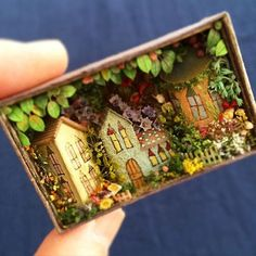 diorama ideas Innovative creativity from PaperArtsy. Paint, stencils, and techniques galore for any mixed media enthusiast to enjoy. Miniature Crafts, Miniature Houses, Miniature Dolls, Shadow Box Kunst, Shadow Box Art, Matchbox Crafts, Matchbox Art, Diy Quilling, Diy And Crafts