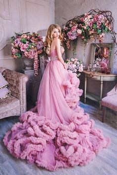 Super How To Wear Pink Skirt Wedding Dresses 59 Ideas Blue Bridesmaid Dresses, Wedding Dresses, Pink Dresses, Fantasy Gowns, Beautiful Gowns, Pretty Dresses, Bridal Gowns, Designer Dresses, Ball Gowns