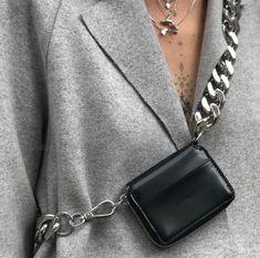 Small Totes Handle Shoulder Handbag Square Women Crossbody Bags Removable Chain Shoulder Strap Clutch Bag Color Black – Purses And Handbags Totes Cheap Purses, Cheap Handbags, Cheap Bags, Purses And Handbags, Luxury Handbags, Luxury Purses, Handbags Online, Dior Purses, Trendy Purses
