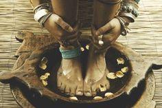 #yoga #yogi #yogapose #yogainspiration #antigravity #acroyoga #ashtanga #bikram #hotyoga #meditation #namaste #balance #om