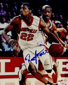 """Reese Gaines Louisville Cardinals 1998-2002 Signed 8x10 Photo Milwaukee SL COA . $8.00. Louisville Cardinals GuardReese GainesHand Signed 8x10""""Color PhotographSignature was smeared during signing. See Picture.WONDERFUL AUTHENTIC BASKETBALL COLLECTIBLE!!! AUTOGRAPH GUARANTEED AUTHENTIC BY SPORTS LOT INC. WITH NUMBERED SPORTS LOT INC. STICKER ON ITEMSL COA #: 12831"""