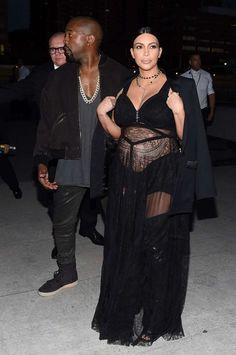 Kim Kardashian – Givenchy Spring 2016 Fashion Show : Global Celebrtities (F) FunFunky.com