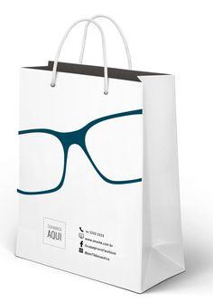 Saiba como promover a marca da sua ótica - ssOtica, Showroom Design, Shop Interior Design, Retail Design, Store Design, Shopping Bag Design, Optometry Office, Paper Bag Design, Mirror Jewellery Cabinet, Eyewear Shop