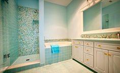 Top 10 Turquoise Bathroom Ideas