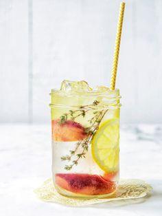 Pêche + Citron + Thym Eau Detox Detox water