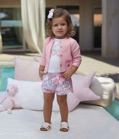 Baby Outfits Cute Sweaters Ideas For 2019 Kids Outfits Girls, Little Girl Outfits, Little Girl Fashion, Toddler Girl Outfits, Baby Girl Dresses, Toddler Fashion, Baby Dress, Kids Fashion, Outfits Niños