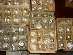 BAUMSCHMUCK alter Christbaumschmuck 41 Kugeln /Glocken Silber   eBay