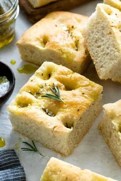 Easy focaccia recipe that yields thick soft slices of delicious Italian bread. The yeast-leavened dough is made with olive oil, fresh rosemary, and salt. Easy Focaccia Recipe, Rosemary Focaccia, No Rise Bread, Italian Bread, Instant Yeast, Simply Recipes, Thing 1, Dessert, Bread Recipes