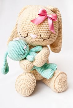Mesmerizing Crochet an Amigurumi Rabbit Ideas. Lovely Crochet an Amigurumi Rabbit Ideas. Diy Tricot Crochet, Bunny Crochet, Crochet Mignon, Crochet Amigurumi, Easter Crochet, Love Crochet, Amigurumi Patterns, Crochet Animals, Crochet Crafts