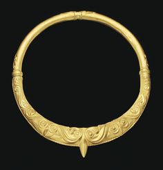 A CELTIC GOLD TORQUE   CIRCA LATE 5TH-EARLY 4TH CENTURY B.C.