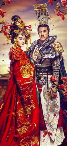 'The Empress of China' - 2015 Chinese TV drama series starring Chinese celebrities Fan Bing Bing & Aarif Lee. Han Chinese style costumes worn during the Tang Dynasty era. #Hanfu