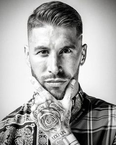 Sergio Ramos of Spain and Real Madrid poses for a portrait prior to The Best FIFA Football Awards at London Marriott Hotel County Hall on September 2018 in London, England. Sergio Ramos Hairstyle, Ramos Haircut, Real Madrid Wallpapers, Old Hairstyles, Men's Hairstyle, Hair And Beard Styles, Hair Styles, Real Madrid Players, Flawless Face