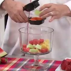 Cool Kitchen Gadgets, Home Gadgets, Cooking Gadgets, Cooking Tools, Kitchen Items, Kitchen Hacks, Cool Kitchens, Bar Kitchen, Gadgets And Gizmos