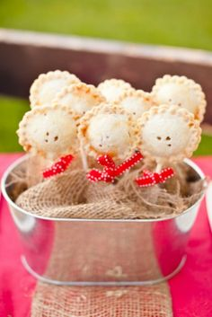 Ask Maggie: Wedding Dessert Alternatives