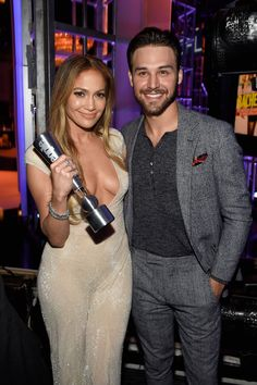 """The Boy Next Door"" Star Ryan Guzman Breaks Down His Extremely Hot Sex Scene With Jennifer Lopez - Cosmopolitan.com"