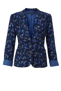French Connection floral print cotton blazer-style jacket is a cool retro style. Pair it with skinny jeans and a white tee for a modern look. <P>Electric Meadow Jacket has a lapel collarm two button fastenings at front, long sleeves and patch pockets.</P>