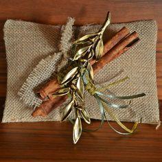 Christmas Crafts, Christmas Decorations, Christmas Things, Christmas Ideas, Handmade Art, Diy Gifts, Burlap, Reusable Tote Bags, Charmed