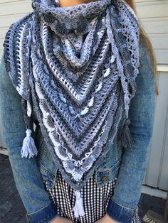 Lost in time shawl. Yarn Alize Bella Batik, hook size 5. Free pattern http://www.mijocrochet.wordpress.com/. #mijocrochet