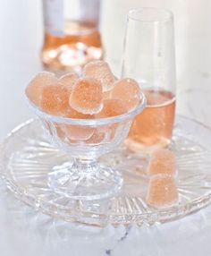 Rosé wine gummies keep the summer vibes going all year long! These simple gummies make great edible gifts for the holidays or any time of the year. Wine Baskets, Gum Drops, Wine Case, Expensive Wine, Stemless Wine Glasses, Edible Gifts, Wine Delivery, Sparkling Wine, Wines