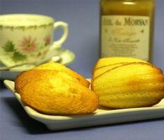 Depuis quelques temps beaucoup de lecteurs me réclament une recette de madeleine. Il est vrai qu'en dehors de la bosse sympathique ci dessous, je n'ai jamais publié de recette. Et même …