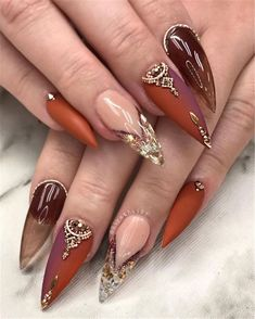 Trend Stiletto Nails in Stiletto Coffin Nails; Nails Acrylic; The post Trend Stiletto Nails in Stiletto Coffin Nails; Nai& appeared first on Nails. Gold Nail Designs, Fall Nail Art Designs, Acrylic Nail Designs, Acrylic Art, Acrylic Nails, Cute Nails, Pretty Nails, My Nails, Birthday Nail Art