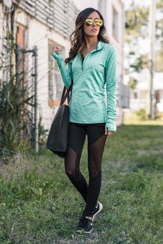 Leggings are ideal for workout and do another sport. But in Fashions Style using Black Leggings and Sneakers are awesome to make you looks more sporty and fashionable. Teen Girl Outfits, Sporty Outfits, Outfits For Teens, Cute Outfits, Gym Outfits, Workout Outfits, Fashion Outfits, Black Leggings Outfit, Black Leather Leggings