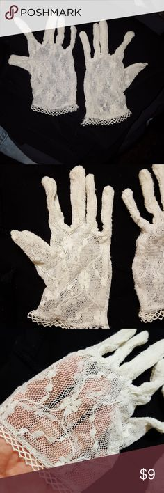 """VINTAGE Lace gloves Beautiful floral design, palm measures approx 2.5""""9 in length from mid. finger to wrist is approx 6"""" there is approx. .5"""" stretch Accessories Gloves & Mittens"""