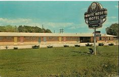 White Rose Motel, Gonzales, Louisiana on Airline Hwy. Gonzales Louisiana, Ascension Parish, Old Images, Motel, White Roses, Mansions, History, House Styles, Historia