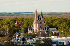 10 Best Cinderella Castle Photo Spots--get unique photos at Disney!