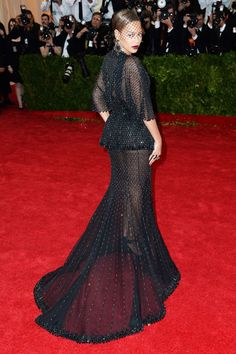 She wore a Givenchy Haute Couture by Riccardo Tisci dress with Lorraine Schwartz jewellery to the Met Ball.