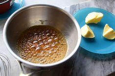 Salt karamellsaus - Ren nytelse!   Gladkokken Salt, Pudding, Food, Caramel, Custard Pudding, Essen, Salts, Puddings, Meals
