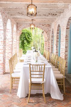 Gold chiavari chairs completed the look for this beautiful Casa Feliz wedding! http://www.orlandoweddingandpartyrentals.com/products-pricing/chair-rentals/